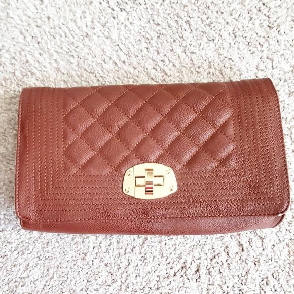 Charming Charlie Handbags - Charming Charlie Clutch